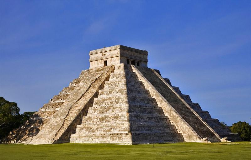 Piramide di Kukulkan Chichén Itzá